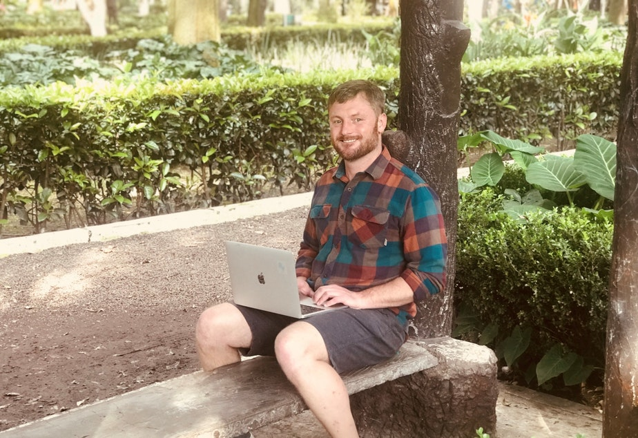 Curtis Berryman working in a park in Mexico City